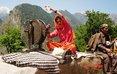 Holi Village Craft