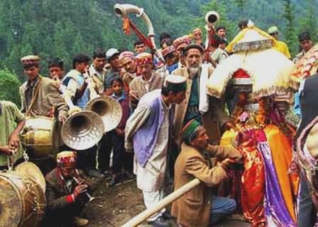 Una Himachal River Festival
