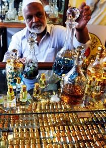Shopping Indian Perfume